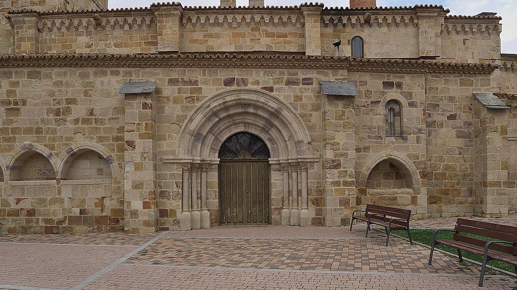 Iglesia de Santa María de la Horta, Zamora. Fachada.jpg