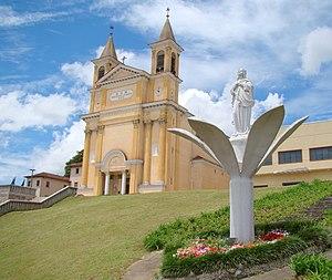 Colombo, Paraná - Image: Igreja Colombo Parana