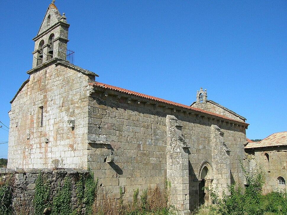 Igrexa de San Munio de Veiga, A Bola