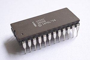 Intel 4040 - The ceramic D4040 variant.