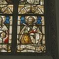 Interieur, koor, glas-in-loodraam, detail- afbeelding Sint Marcus en signatuur (onder) - Rosmalen - 20337069 - RCE.jpg