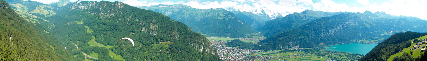 Interlaken banner panorama.jpg