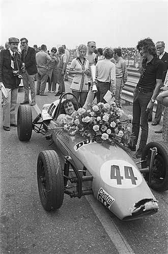 Brian Henton - Henton after winning a Formula Vee race in 1971