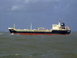 Ivan Kruzenshtern p9 leaving Port of Rotterdam, Holland 21-Jan-2007.jpg