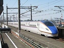 JOETSU-Shinkansen Type E7.jpg