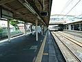 JREast-Tohoku-main-line-Kuki-station-platform.jpg