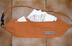 Jack Wolfskin money belt - brown.JPG