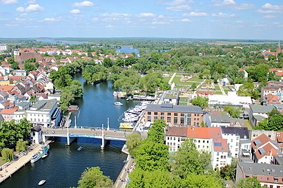 How to get to Jahrtausendbrücke with public transit - About the place