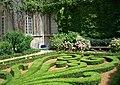 Jardin à la française à Paris.jpg