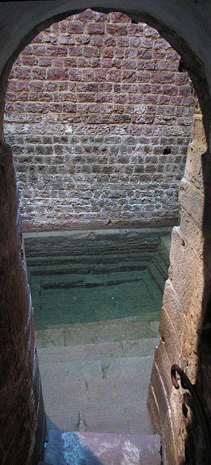 Jewish courtyard - Mikvah in Speyer