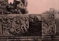 KITLV 155181 - Kassian Céphas - Reliefs on the terrace of the Shiva temple of Prambanan near Yogyakarta - 1889-1890.tif