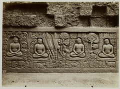 KITLV 28025 - Kassian Céphas - Relief of the hidden base of Borobudur - 1890-1891.tif