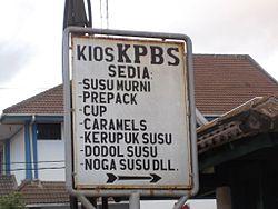 Di Koperasi Peternakan Bandung Selatan Pangalengan , kerupuk susu ...