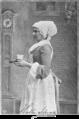 "Kathi Schratt in ""Die kleine Mama"" 1899 Hofatelier Adele.png"