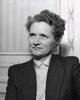 eerste vrouwelijke minister