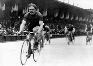 Cycling at the 1924 Summer Olympics - Finish of the men's 50 kilometres