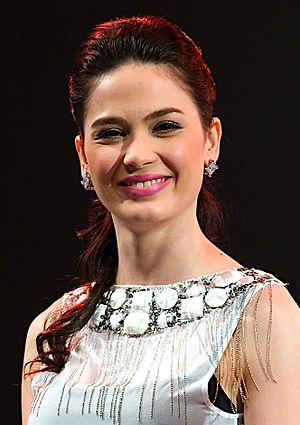 Kristine Hermosa - Kristine Hermosa at the Star Magic Concert Tour in Ontario in June 2009.