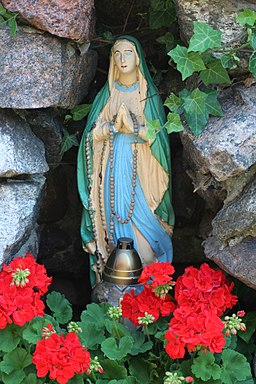 Kuźnica - Virgin Mary statue 01