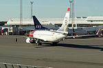 LN-NGO 737 Norwegian ARN.jpg