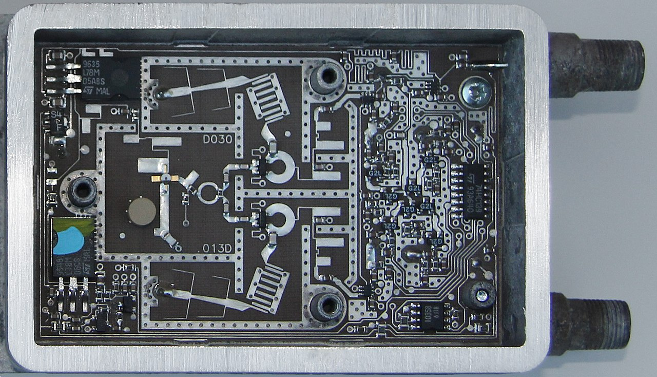 Distributed element circuit - Wikiwand