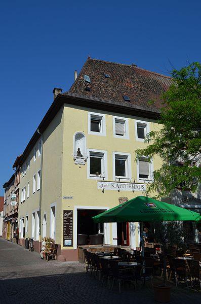 Dateilandau Westbahnstraße 31 Mai 17jpg Wikipedia