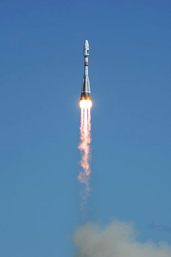 Launch of the Soyuz-2.1a from Vostochny 2016-04-28 015.jpg
