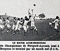 Le match de rugby Bergerac (rayés) - Agen (blancs), en novembre 1921 (rugby à XV).jpg