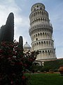 Leaning Tower of Pisa (5986668617).jpg