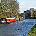 Leeds and Liverpool Canal, Skipton (6897819095).jpg