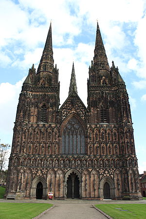 Three-spired cathedrals in the United Kingdom - Lichfield Cathedral viewed from the West Front approach