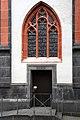 Liebfrauenkirche Koblenz, Eingangsrampe für Behinderte.jpg