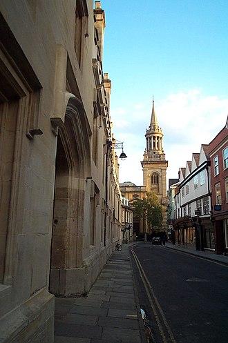 Turl Street - Image: Lincoln College Oxford 20040924
