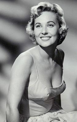 Lola albright 1959.JPG