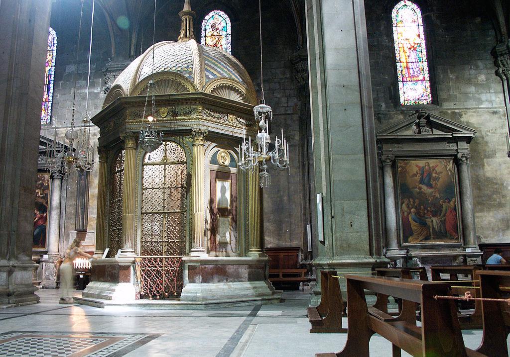 Lucques-Catedral-Le tempietto.jpg