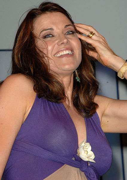 File:Lucy Lawless London 2008 2.jpg
