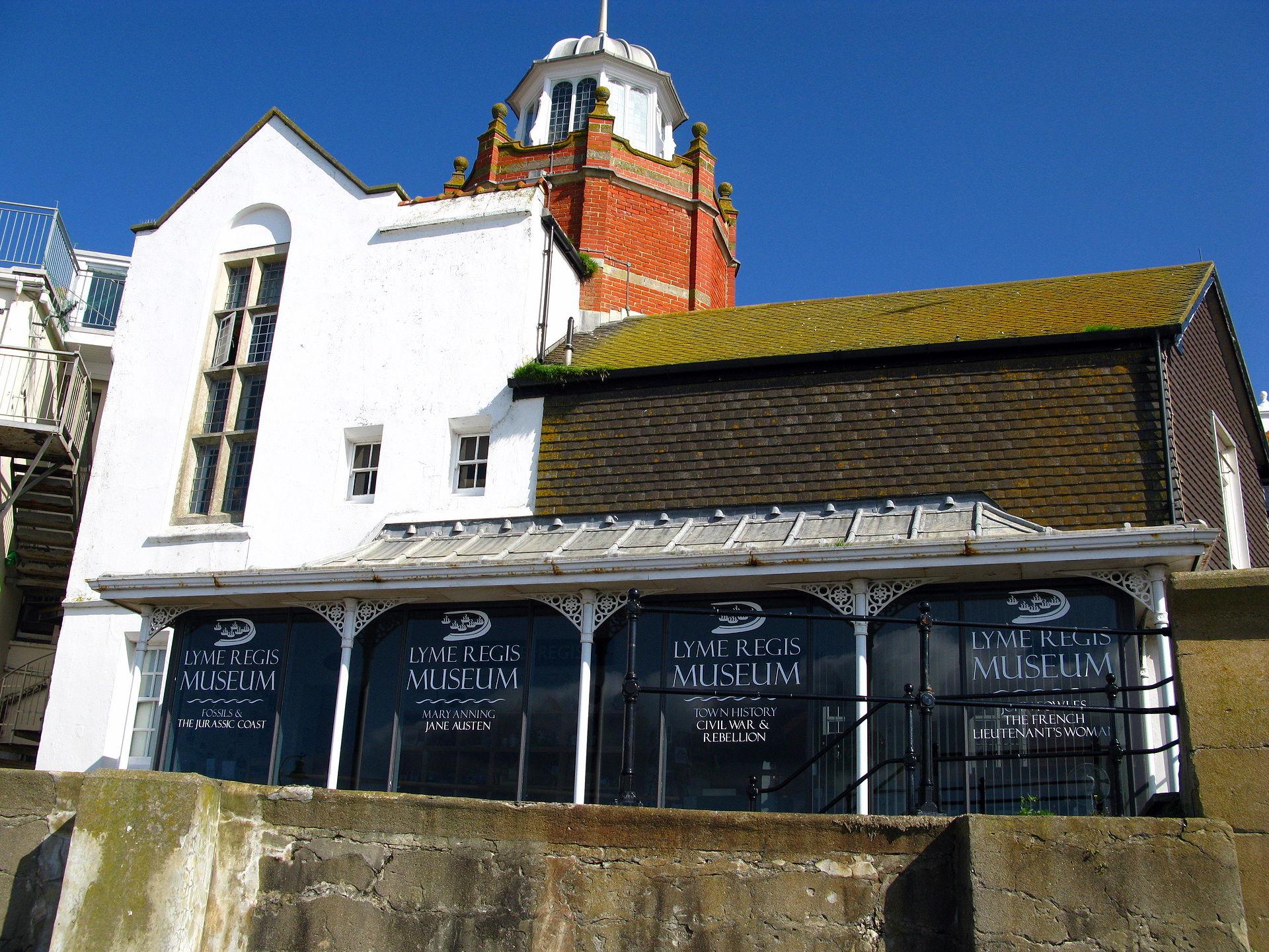 Lyme Regis Home For Sale