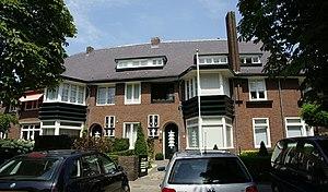 Villapark (Maastricht) - Image: Maastricht rijksmonument 506662 Sint Lambertuslaan 25 27 20100710