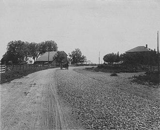 Macadam - Photograph of macadam road, ca 1850s, Nicolaus, California