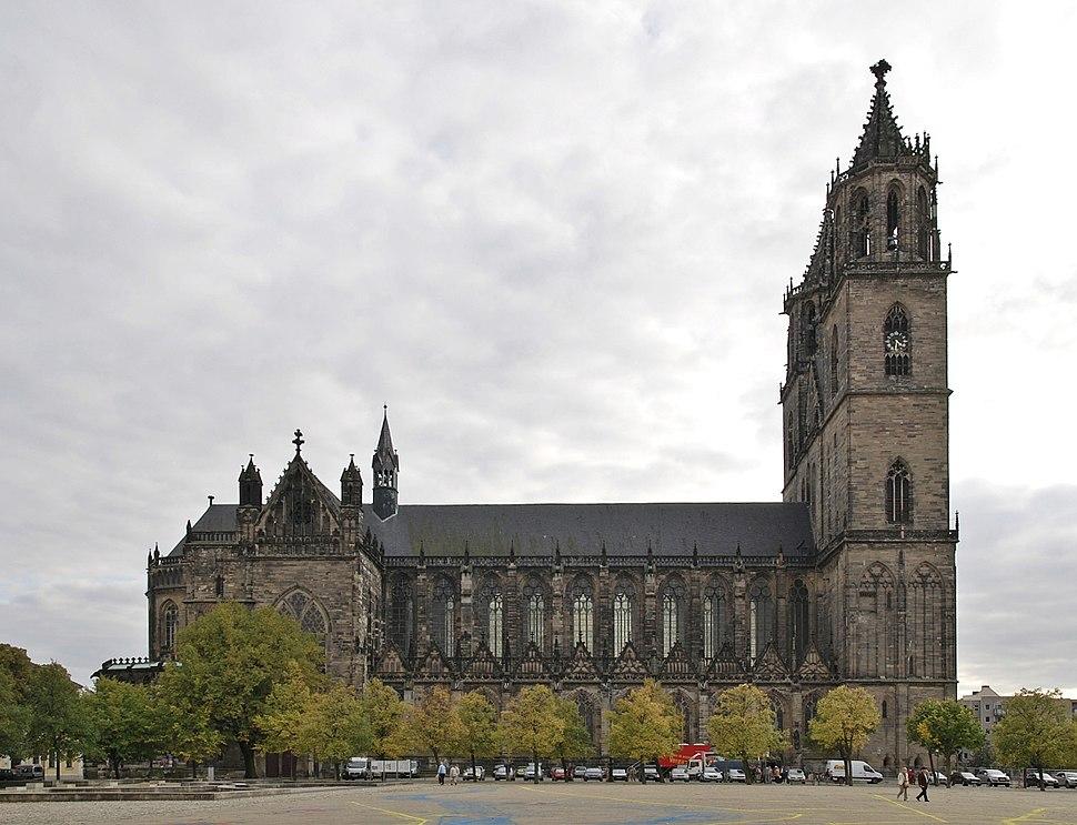 Magdeburger Dom Seitenansicht