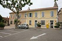 Mairie et poste de Travaillan by JM Rosier.JPG