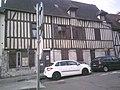 Maison de Vernon datant de la guerre de cent ans.jpg