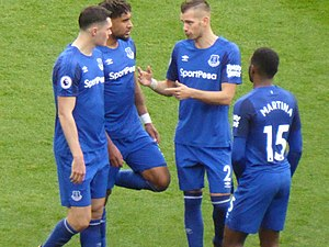 Morgan Schneiderlin - Schneiderlin (second from right) speaking to his teammates during a match against Manchester United, September 2017
