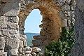 Mangup castle ruins - panoramio.jpg