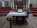 Marienstiftskirche Lich Altar 01.JPG