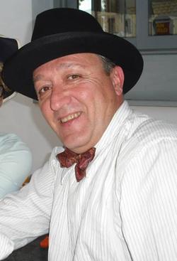 Max Cavallari alias Pepere Lopez (2013-08).png