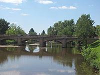 Meaulne - Pont sur l'Aumance.jpg