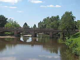 The bridge over the Aumance, in Meaulne