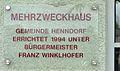 Mehrzweckhaus Henndorf - Widmungstafel.jpg