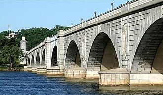 Arlington Memorial Bridge - Memorial Bridge with the Arlington National Cemetery and Arlington House in the background
