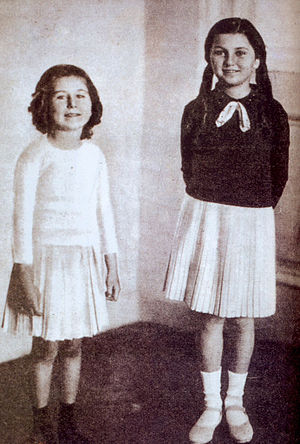 Faika of Egypt - Princess Faika (right) as a child